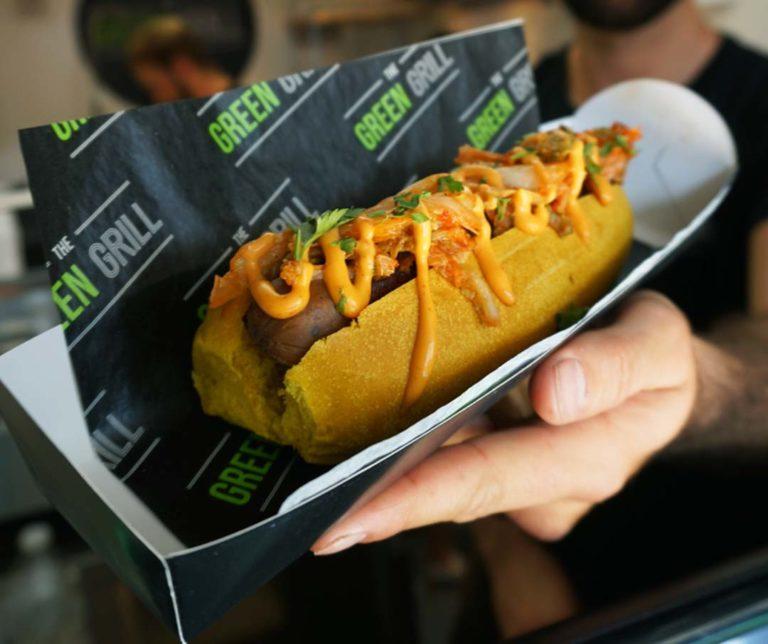 kimchi hotdog 2